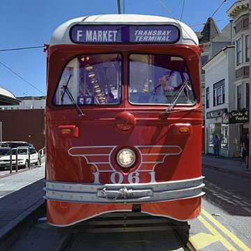 streetcar 1061 front